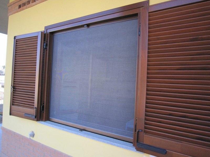 Carrellata sui prezzi delle zanzariere per porte finestra - Zanzariere per porte finestre prezzi ...